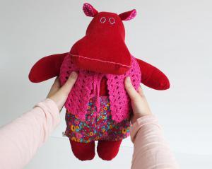 Mini the mippo in mini skirt and crochet vest 1 1
